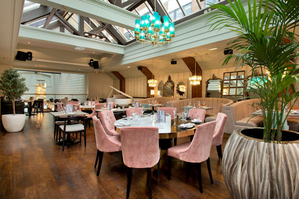 Restaurants near Manchester Arena - The Living Room Manchester
