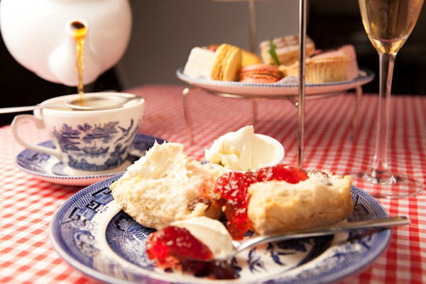 Manchester Afternoon Tea Offers - Annies Manchester