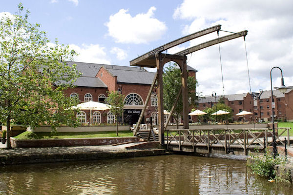 Child friendly pubs in Manchester - The Wharf