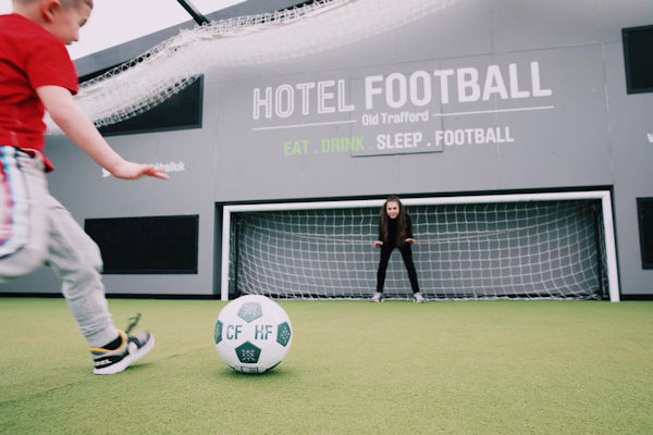 Restaurants Manchester ~ Cafe Football OT