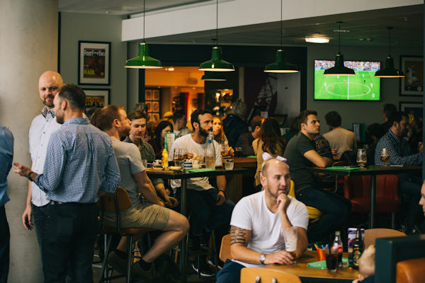 Restaurants Manchester ~ Cafefootball NFM